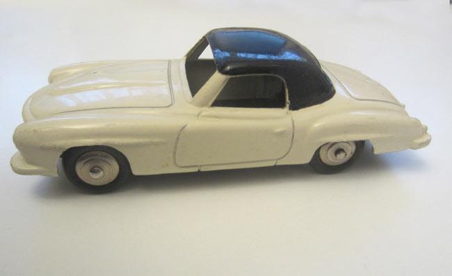 Jouet ancien Dinky Toys : Mercedes 190 SL coupé